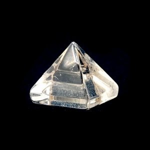 《風水縁起物》水晶クリスタル ピラミッド 10X10mm 【目的達成のエネルギーを増幅する】