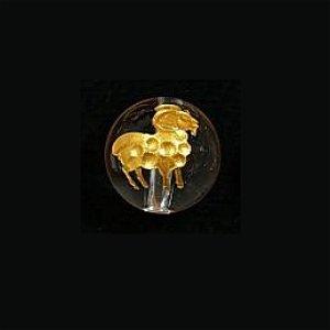 《干支縁起物》水晶彫刻ビーズ 『ひつじ(未年)』 金入り10mm 【1個】 《家族安泰で平和な人生を過ごす》