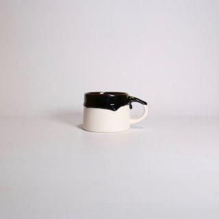 EIJI MIYAKI _  doripin mug ( Charcoal × White )