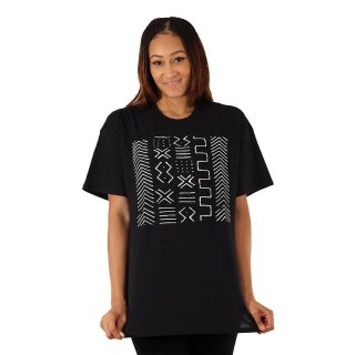 <img class='new_mark_img1' src='https://img.shop-pro.jp/img/new/icons34.gif' style='border:none;display:inline;margin:0px;padding:0px;width:auto;' />Mud Cloth Print Tシャツ Africa T-Shirt