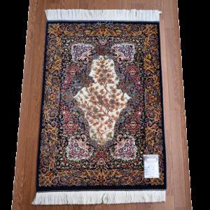 ペルシャ絨毯 クムシルク約87x60cm