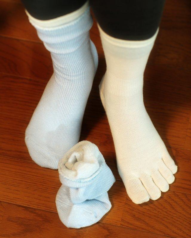 2足で4層の冷え取り効果 重ね履きソックス NW7224
