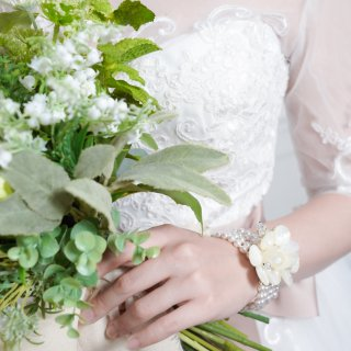 Petal Flower ブレスレット 【Elizabeth Bower】