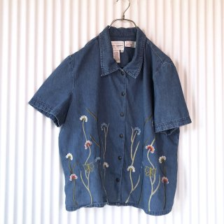 Karin Stevens レトロフラワー刺繍シャツ