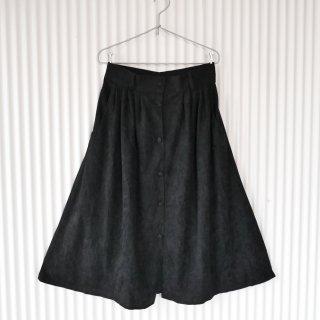 フロントボタン ブラックベロアスカート