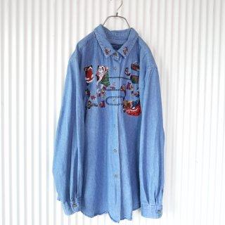 KAREN SCOTT サンタのおうち刺繍デニムシャツ