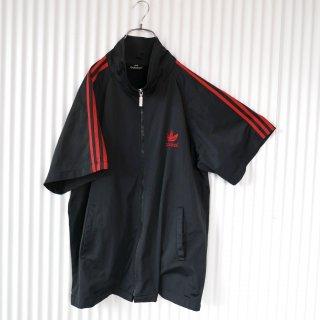 adidas バックトレフォイル刺繍ハーフスリーブトラックジャケット