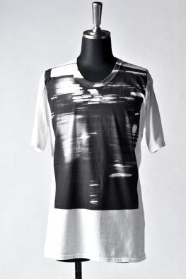 <img class='new_mark_img1' src='https://img.shop-pro.jp/img/new/icons8.gif' style='border:none;display:inline;margin:0px;padding:0px;width:auto;' />nude:masahiko maruyama Graphic T-Shirt #RAIN