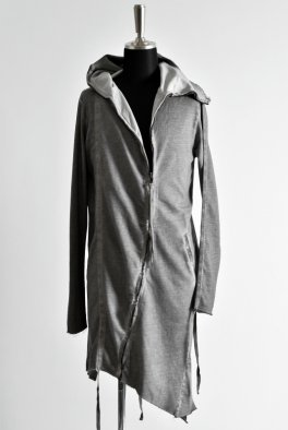 <img class='new_mark_img1' src='https://img.shop-pro.jp/img/new/icons8.gif' style='border:none;display:inline;margin:0px;padding:0px;width:auto;' />ARMY OF ME Raw Edge Hooded Sweat Shirt