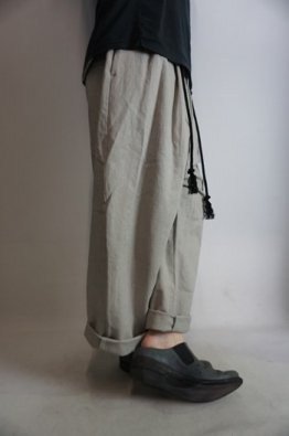 ROGGYKEI  WIDE STRAIGHT PANTS