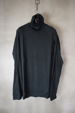 DEVOA High-Neck Long sleeve