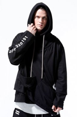 <img class='new_mark_img1' src='https://img.shop-pro.jp/img/new/icons8.gif' style='border:none;display:inline;margin:0px;padding:0px;width:auto;' />A.F ARTEFACT Asymmetry Layered Sweater Hoodie