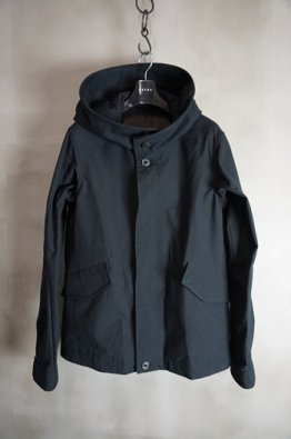 <img class='new_mark_img1' src='https://img.shop-pro.jp/img/new/icons8.gif' style='border:none;display:inline;margin:0px;padding:0px;width:auto;' />DEVOA Hooded Jacket cotton / nylon