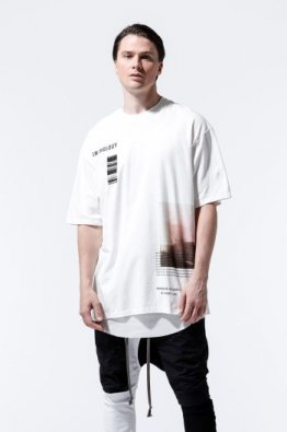 <img class='new_mark_img1' src='https://img.shop-pro.jp/img/new/icons8.gif' style='border:none;display:inline;margin:0px;padding:0px;width:auto;' />A.F ARTEFACT Print Type H Crew Neck T-Shirts