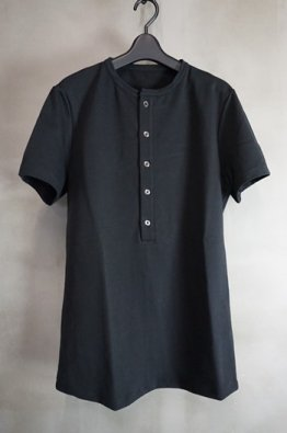 <img class='new_mark_img1' src='https://img.shop-pro.jp/img/new/icons8.gif' style='border:none;display:inline;margin:0px;padding:0px;width:auto;' />incarnation Cotton Elastic  Henly-neck Short Sleeve