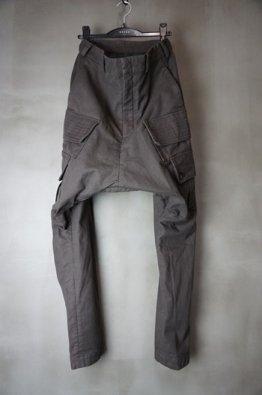 <img class='new_mark_img1' src='https://img.shop-pro.jp/img/new/icons8.gif' style='border:none;display:inline;margin:0px;padding:0px;width:auto;' />DEVOA Cargo drop crotch pants Cavalry twill Garment wash