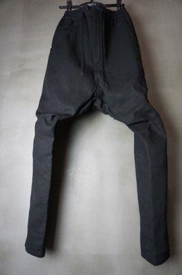 <img class='new_mark_img1' src='https://img.shop-pro.jp/img/new/icons8.gif' style='border:none;display:inline;margin:0px;padding:0px;width:auto;' />DEVOA Drop crotch pants Heavy washi denim