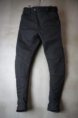 <img class='new_mark_img1' src='https://img.shop-pro.jp/img/new/icons8.gif' style='border:none;display:inline;margin:0px;padding:0px;width:auto;' />DEVOA Slim pants Heavy washi denim