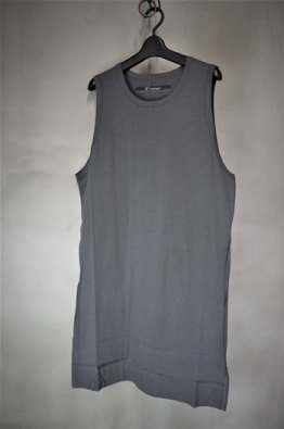 <img class='new_mark_img1' src='https://img.shop-pro.jp/img/new/icons8.gif' style='border:none;display:inline;margin:0px;padding:0px;width:auto;' />A.F ARTEFACT Long Tank Top