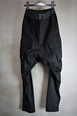 <img class='new_mark_img1' src='https://img.shop-pro.jp/img/new/icons8.gif' style='border:none;display:inline;margin:0px;padding:0px;width:auto;' />DEVOA Cargo drop crotch pants ramie high count