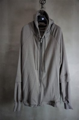 <img class='new_mark_img1' src='https://img.shop-pro.jp/img/new/icons8.gif' style='border:none;display:inline;margin:0px;padding:0px;width:auto;' />A.F ARTEFACT Sweat Big Hoodie