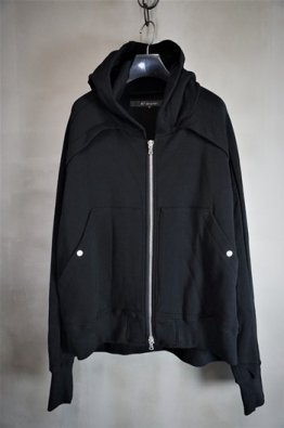 <img class='new_mark_img1' src='https://img.shop-pro.jp/img/new/icons8.gif' style='border:none;display:inline;margin:0px;padding:0px;width:auto;' />A.F ARTEFACT Sweat Hoodie