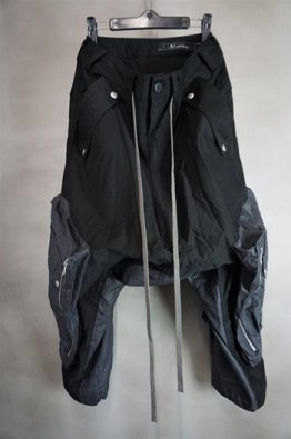 <img class='new_mark_img1' src='https://img.shop-pro.jp/img/new/icons8.gif' style='border:none;display:inline;margin:0px;padding:0px;width:auto;' />A.F ARTEFACT Cargo Wide Trousers