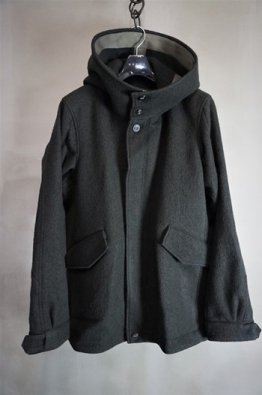 <img class='new_mark_img1' src='https://img.shop-pro.jp/img/new/icons8.gif' style='border:none;display:inline;margin:0px;padding:0px;width:auto;' />DEVOA Hooded jacket wool