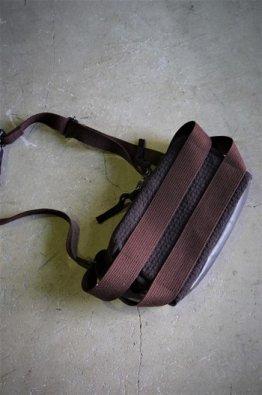 <img class='new_mark_img1' src='https://img.shop-pro.jp/img/new/icons8.gif' style='border:none;display:inline;margin:0px;padding:0px;width:auto;' />DEVOA Waist bag Virgin wool×GUIDI baby buffalo