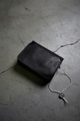 <img class='new_mark_img1' src='https://img.shop-pro.jp/img/new/icons8.gif' style='border:none;display:inline;margin:0px;padding:0px;width:auto;' />GUIDI SMALL LEATHER WALLET