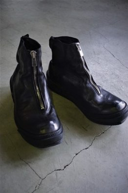 <img class='new_mark_img1' src='https://img.shop-pro.jp/img/new/icons8.gif' style='border:none;display:inline;margin:0px;padding:0px;width:auto;' />GUIDI FRONT ZIP SOLE RUBBER(PLS)
