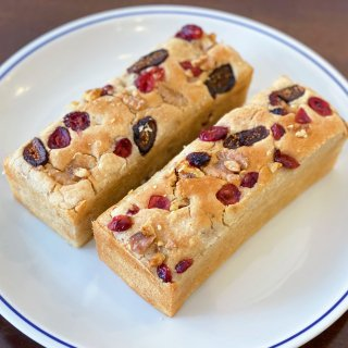 グルテンフリー米粉パン イチジク&クランベリー