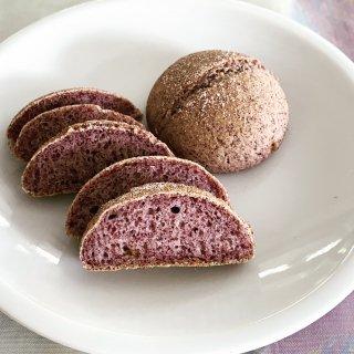 グルテンフリー米粉パン 富山県産黒米丸パン