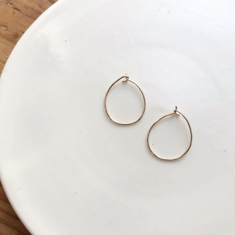 Pale gold hoop pierce (size M)