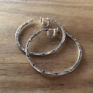 Somewhere Line Hoop earring