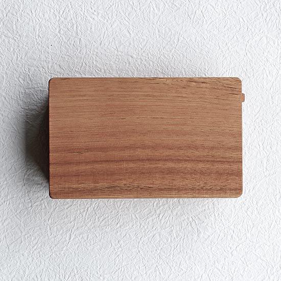 くるみの木のバターケース / 堀宏治