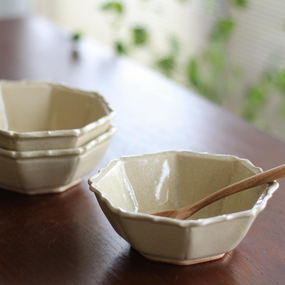 灰釉八角鉢 / 渡辺信史