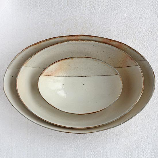 オーバル深鉢 荒鉄線 大 / 古谷製陶所