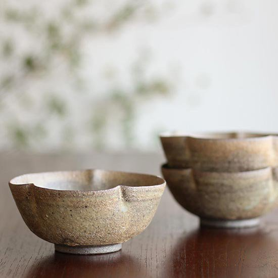梅型小鉢 / 冨部咲喜子