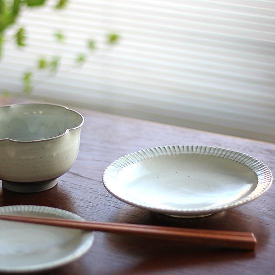5寸リム鎬皿 粉引 / 市野耕