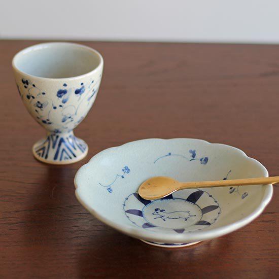 花形皿 ヤギ  / 石井桃子