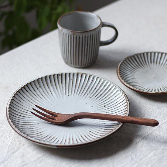 しのぎ皿6寸 / 粕谷修朗