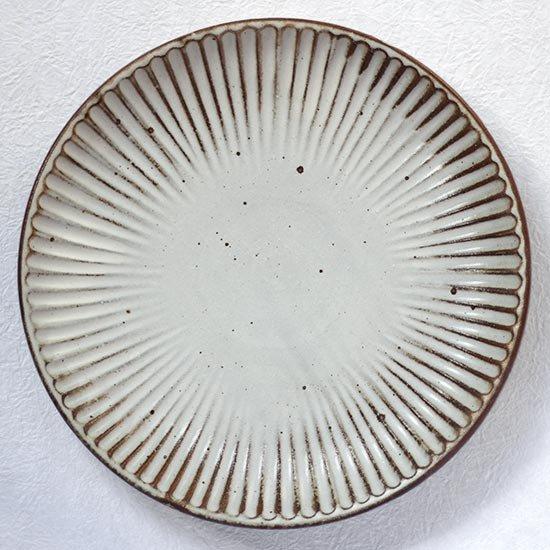 しのぎ皿8寸 / 粕谷修朗