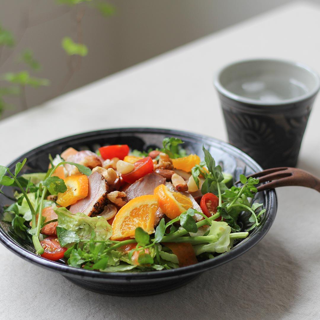 7寸皿 唐草線彫 / 育陶園
