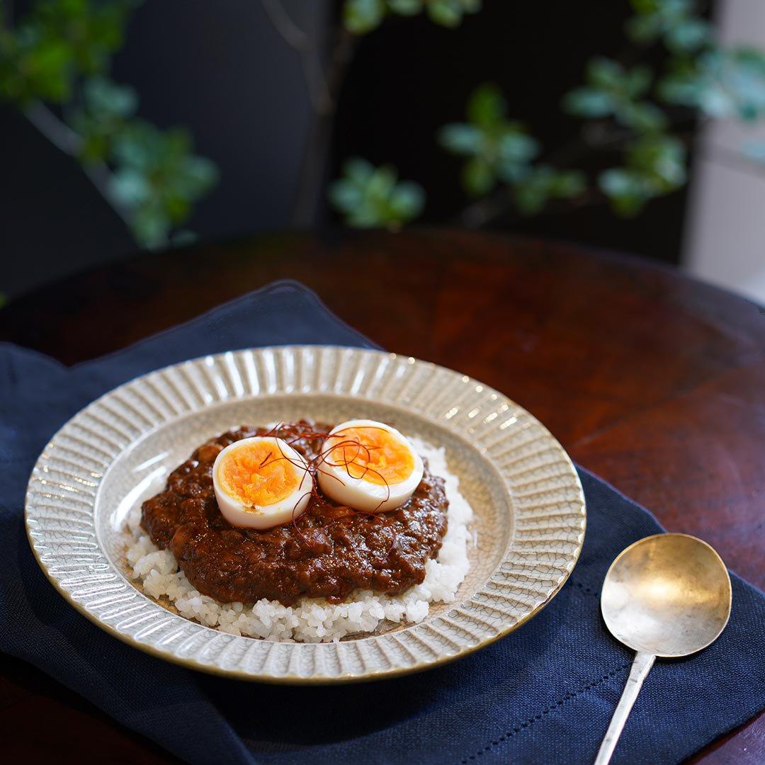 7寸リム鎬皿 墨入貫入 / はなクラフト