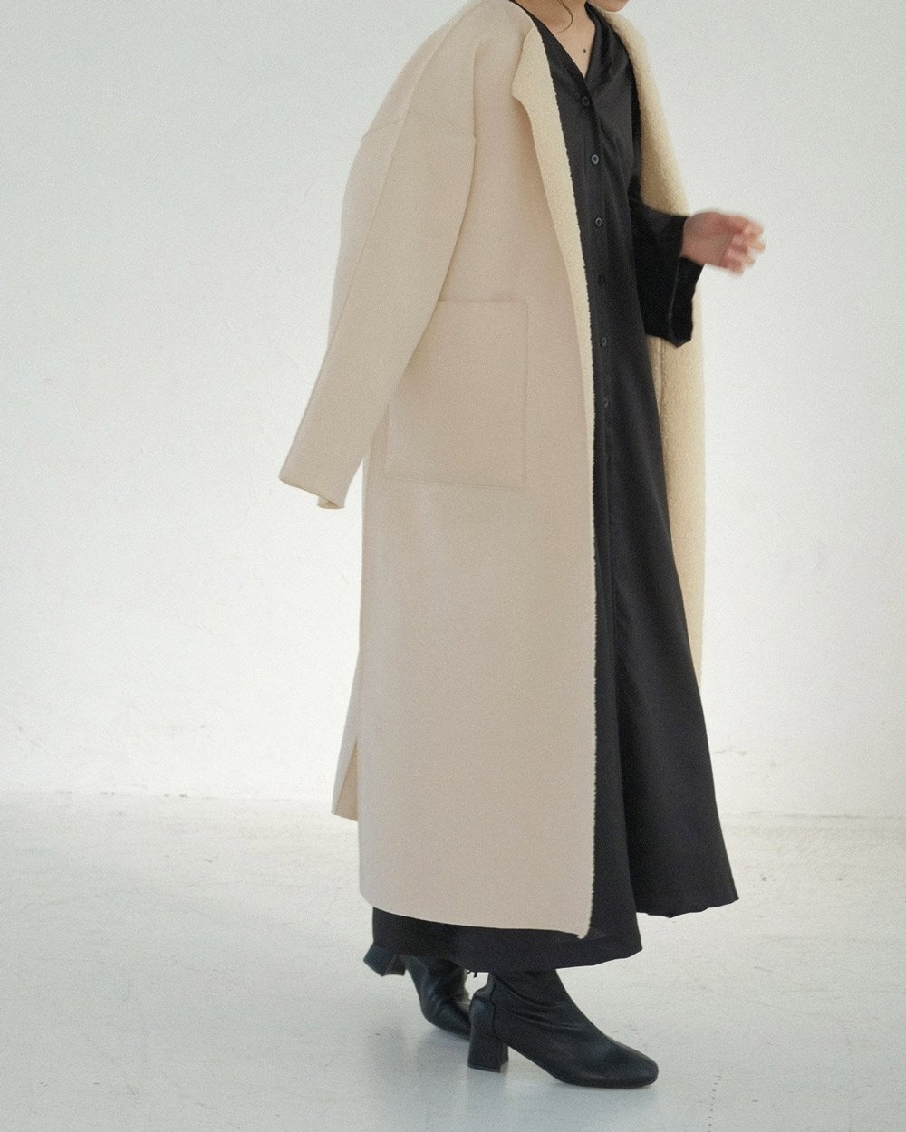 REVERSIBLE MOUTON BOA COAT