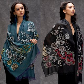 【New Vivid Flowers series】[FLOWER CAPE] 薄手ウール・シルク アリー手刺繍(ダークグリーン)