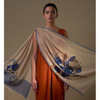 S-WTA3025_0151_BEIGE 【ARCHITECTURAL FLOWERS(アーキテクチュラルフラワー)】ウール・シルク アリー手刺繍