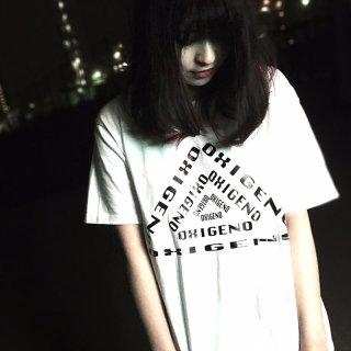 [OXI] トリアングルTシャツ