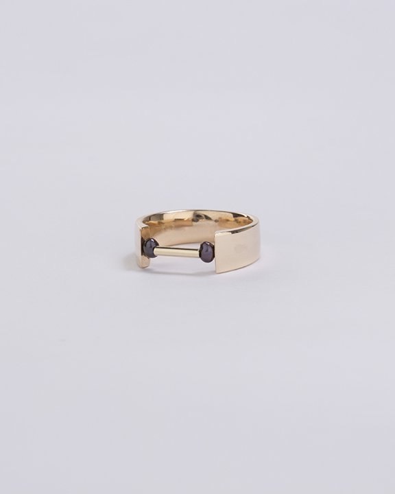 SEN black pearl  Ring